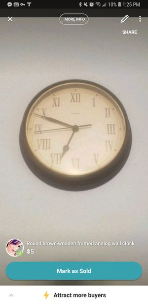Clock wall decor for Sale in San Angelo, TX