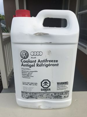 Genuine Volkswagen Audi G13 Coolant / Antifreeze - 1 Gallon (3.78 Liters) for Sale in Kissimmee, FL