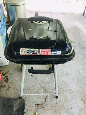Grill only used twice $20 for Sale in Houston, TX
