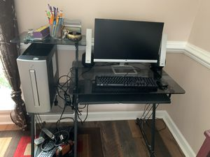 HP Desktop Computer w/ Monitor, Speakers and Keyboard for Sale in Myrtle Beach, SC