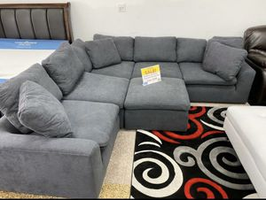 WE ARE OPEN! COMFY SECTIONAL WITH OTTOMAN! NO CREDIT CHECK FINANCING! SAME DAY DELIVERY! for Sale in Tampa, FL