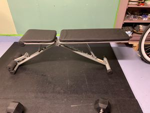 Workout bench for Sale in Daly City, CA