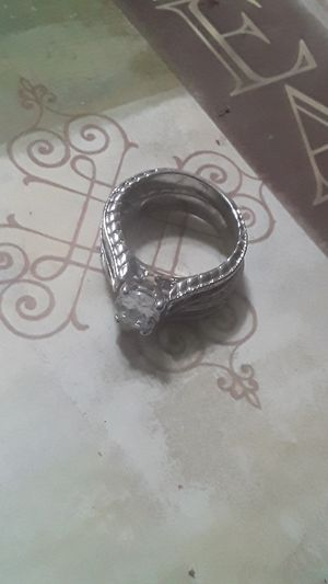 Size 9 woman 12 to 18 cubic dimaond ring for Sale in Long Beach, CA