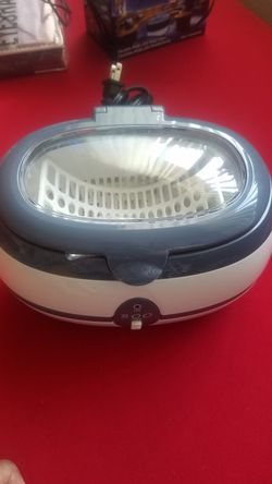 800 ultrasonic jwellery cleaner for Sale in Hawthorne,  CA