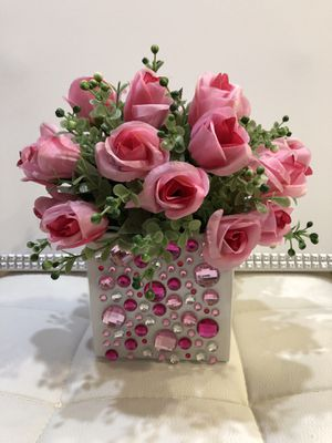 Artificial flowers arrangement for Sale in Santa Ana, CA
