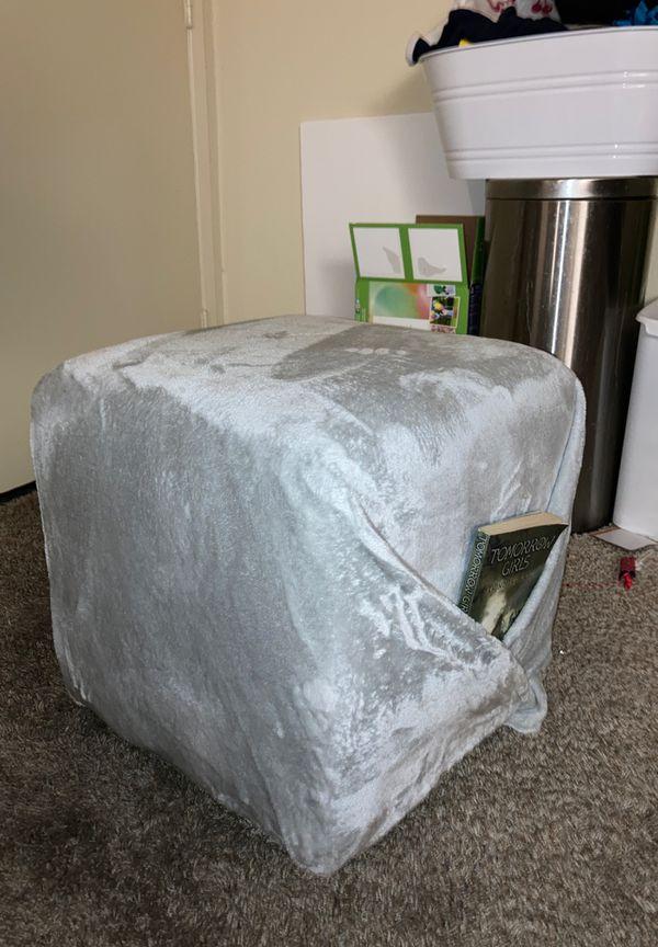 DIY Grey Seat w/small POCKET