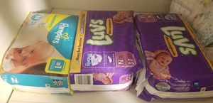 Selling Newborn Pampers and Wipes. for Sale in Dinuba, CA