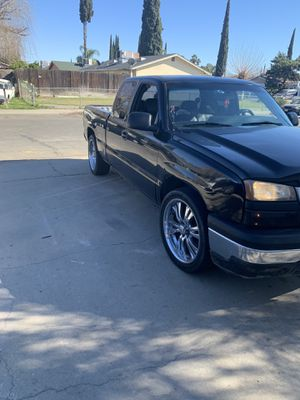 Chevy Silverado 06 v6 97854k clean title smog tags are paid sounds good info removed} for Sale in Modesto, CA