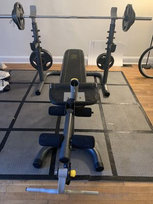 Fitness Gear 300Ib Olympic Weight Set/Golds Gym XRS 20 for Sale in Brooklyn Park, MD