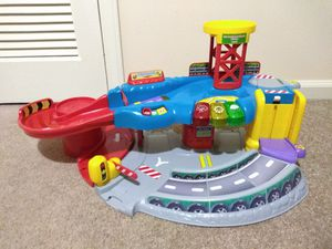 V Tech VTech Go! Go! Smart Wheels Tow N Teach Garage Toddler Kids Children Toys Cars Race Track for Sale in Charlotte, NC