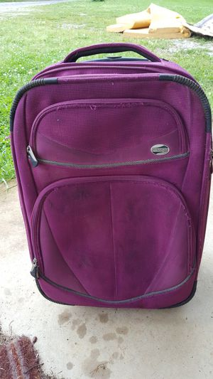 American Youriater suitcase for Sale in Booneville, MS