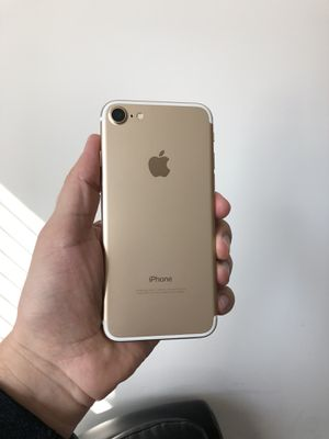iPhone 7 32 GB like new for Sale in Fairfax, VA