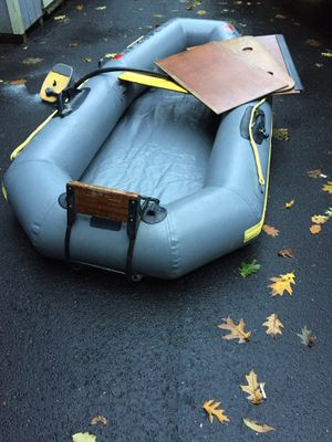 Avon 8 inflatable dingy for Sale in Trumbull, CT