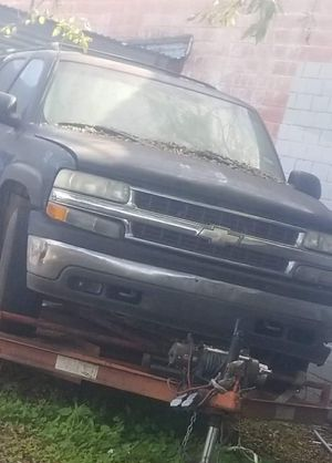 chevy 1999-2006 parts for Sale in Austin, TX