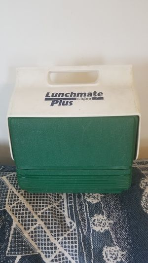 Igloo lunch mate plus for Sale in Yorkville, OH