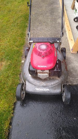 Honda lawn mower for Sale in Black Diamond, WA