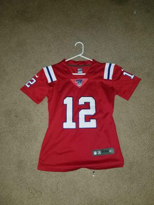 Women's medium official patriots Brady jersey for Sale in Chandler, AZ