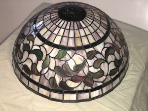 Meyda Tiffany leaf lamp shade for Sale in Moore, OK