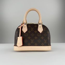 CROSSBODY BAG for Sale in Las Vegas,  NV