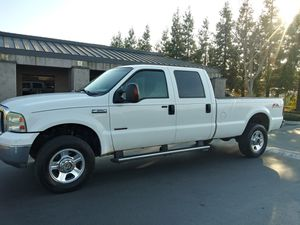 2007 Ford F350 FX4 Crew Cab Long Bed pickup truck 4x4 DIESEL for Sale in Modesto, CA