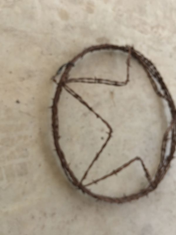 Texas star—-barbed wire