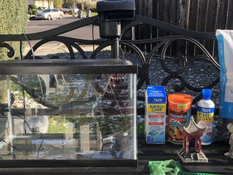 10 Gallon Fish Tank Full Set Up Ready To Use for Sale in San Jose,  CA