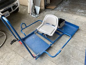 Aluminum Raft frame with battery box and electric anchor line for Sale in Vallejo, CA