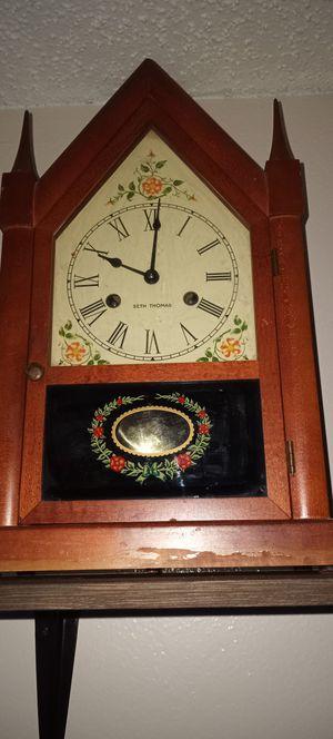 Vintage Seth Thomas clock for Sale in Tampa, FL