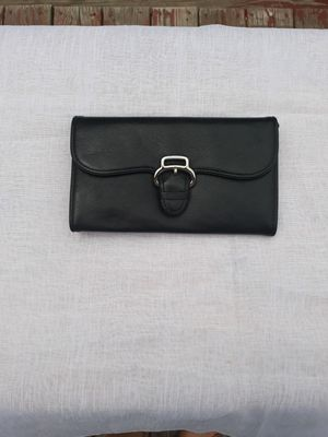 Cole Hann leather purse and wallet for Sale in Cromwell, CT