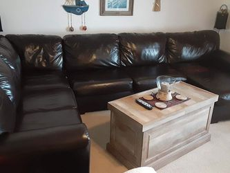 Simmons sofa couch pit group matching rocker recliner brown for Sale in Port Richey,  FL