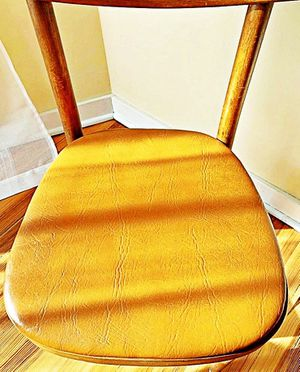 Wooden Shelby Williams Industries MCM chairs (4) with leather seat cushion. for Sale in Bloomfield Hills, MI