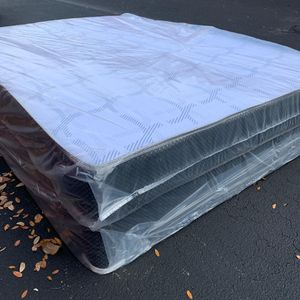 New Queen Size Mattress and Box Spring Set - 2PC for Sale in Deerfield Beach, FL