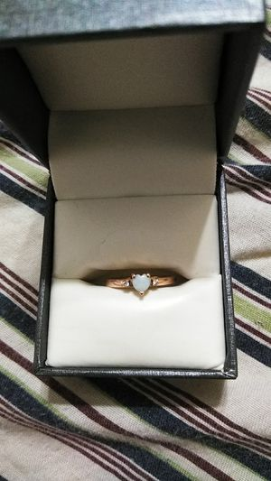 14k rose gold genuine Opal ring with 2 accent diamonds, (size 4.5) for Sale in Tampa, FL
