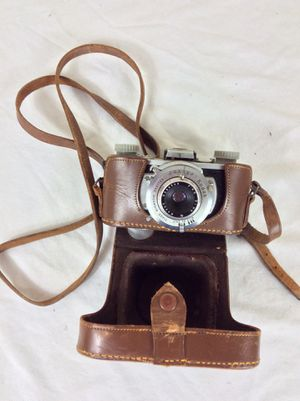 Vintage 1940's Kodak 35 camera with Anaston 51mm 4.5 lens & original case for Sale in Severn, MD
