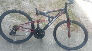 Huffy mountain bike 26inch 18 speed come check it out pick up asap for Sale in Belle Isle, FL