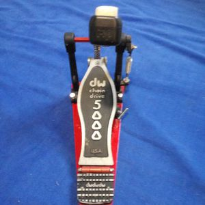 SINGLE BASS PEDAL (DW 5000) for Sale in Fort Worth, TX