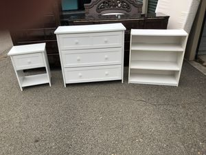 White wooden bedroom set, Single Bed, wooden Off white headboard with heart cut-out and footboard, mattress and box springs, night stand, dresser, an for Sale in Glenshaw, PA