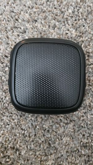 Black web bluetooth speaker for Sale in Visalia, CA