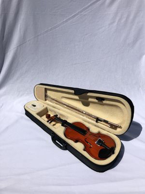 Brand new natural wood colored violin for Sale in Los Angeles, CA