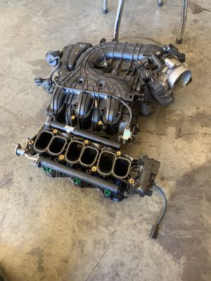Kia v6 parts 13-15 years intake manifold for Sale in Lilburn, GA