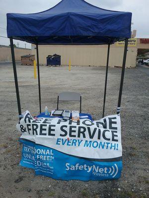 FREE PHONE PROGRAM for Sale in Montclair, CA