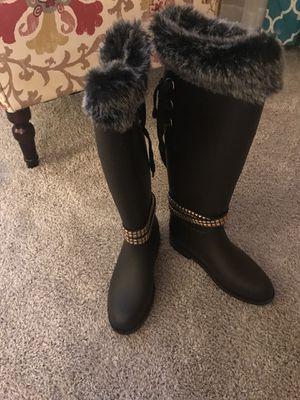 Brown rain boots. Size 7 for Sale in Cheektowaga, NY