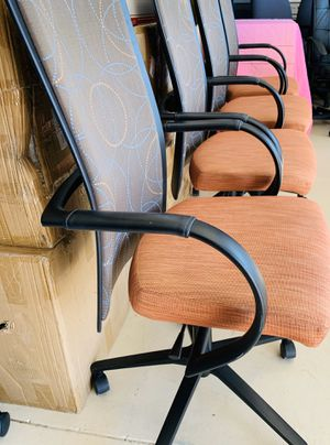 Davis conference Office Chairs excellent condition for Sale in Phoenix, AZ