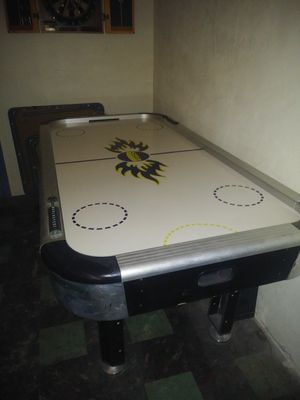 DMI Sports 8' Air Hockey & Ping Pong Combo for Sale in Philadelphia, PA