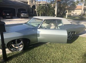 1969 Chevy Impala CLASSIC for Sale in Dania Beach, FL