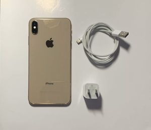 Iphone xs max 256 gb gold unlocked for Sale in Buffalo, NY