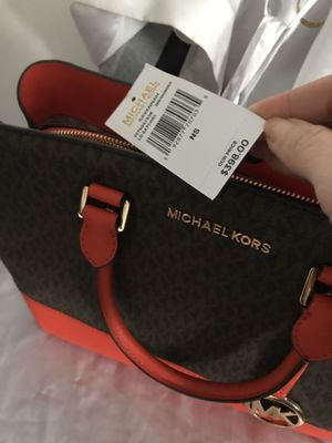 Brand New limited edition MK handbag and matching wallet for Sale in Arlington Heights, IL