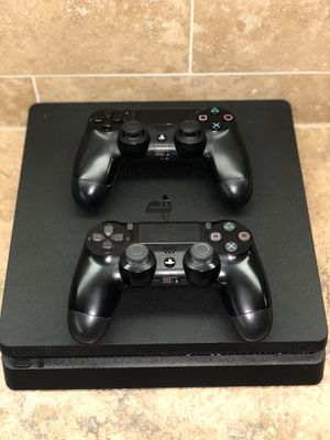 PS4 Slim 1TB for Sale in Colleyville, TX
