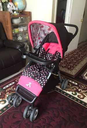 Stroller with car seat for Sale in Richmond, VA