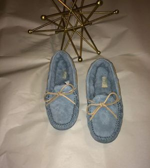 Uggs slippers for Sale, used for sale  Glendale, AZ